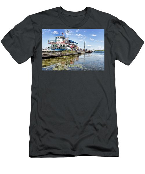 Island Princess At Harbour Dock Men's T-Shirt (Athletic Fit)