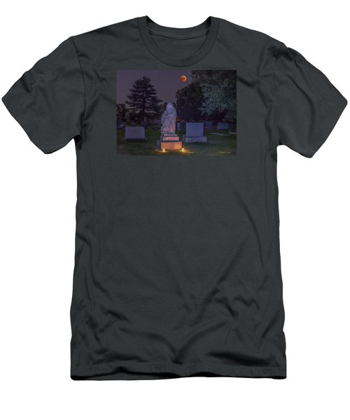 Jessie Monument Under The Blood Moon Men's T-Shirt (Slim Fit) by Stephen  Johnson