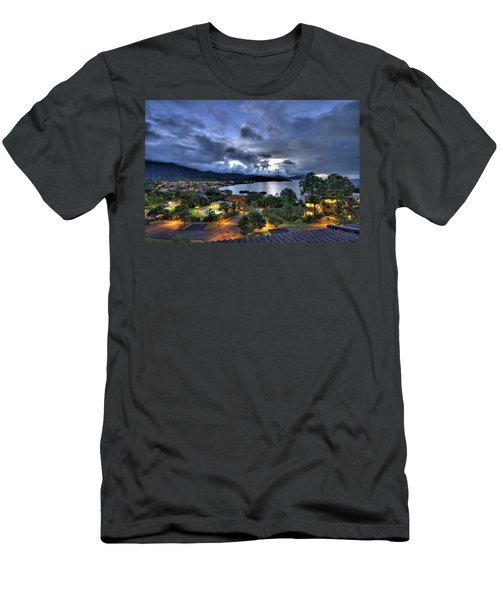 Kaneohe Bay Night Hdr Men's T-Shirt (Athletic Fit)