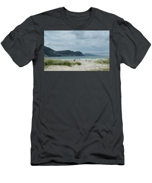 Keel Beach Achill  Men's T-Shirt (Athletic Fit)