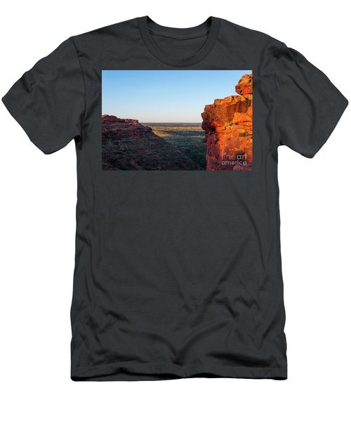 Kings Canyon Men's T-Shirt (Athletic Fit)