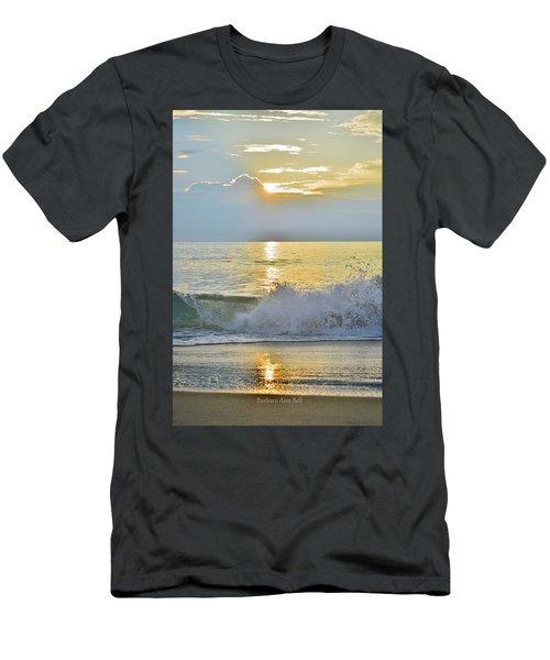 Kitty Hawk Sunrise 8/20 Men's T-Shirt (Athletic Fit)
