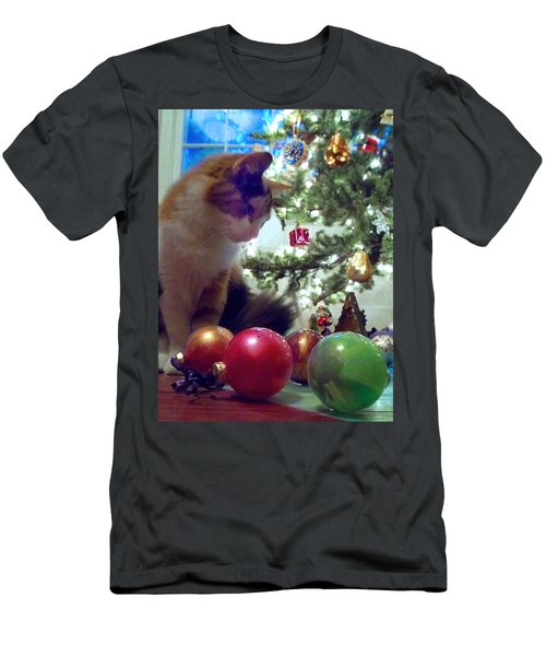 Kitty Helps Decorate The Tree Christmas Card Men's T-Shirt (Athletic Fit)