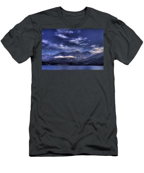 Kootenai Lake Bc Version 2 Men's T-Shirt (Athletic Fit)