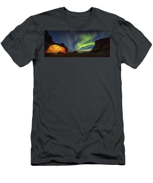 Kvalvika Under The Lights Men's T-Shirt (Slim Fit) by Alex Conu