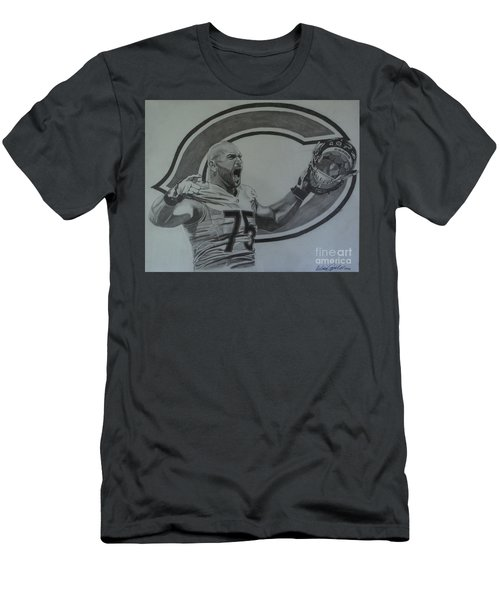 Kyle Long Portrait Men's T-Shirt (Athletic Fit)