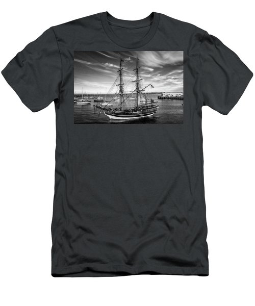 Lady Washington In Black And White Men's T-Shirt (Athletic Fit)