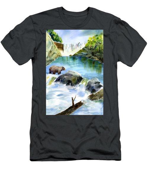 Lake Clementine Falls Bear Men's T-Shirt (Athletic Fit)