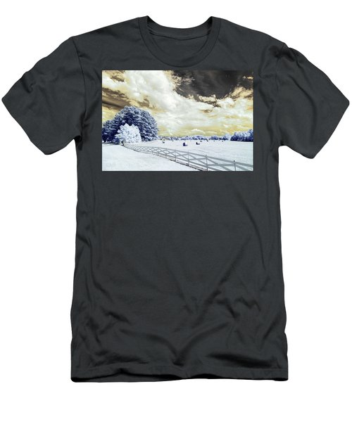 Lancaster Farm In Ir Men's T-Shirt (Athletic Fit)