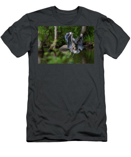 Landing Heron Men's T-Shirt (Athletic Fit)