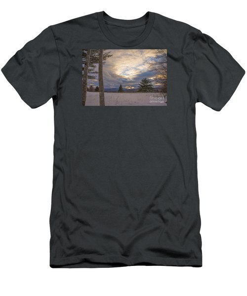 Last Sunset Of 2015 Men's T-Shirt (Athletic Fit)