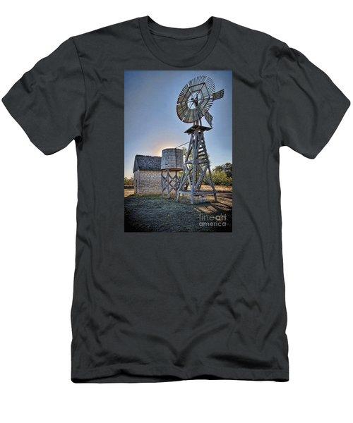 Lbj Homestead Windmill Men's T-Shirt (Athletic Fit)
