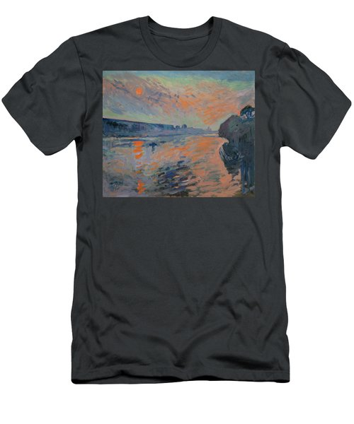 Le Coucher Du Soleil La Meuse Maastricht Men's T-Shirt (Athletic Fit)