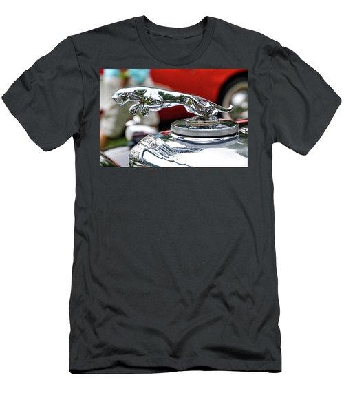 Leaper Men's T-Shirt (Athletic Fit)
