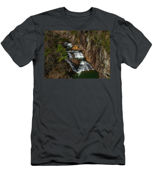 L'eau D'or Falls Men's T-Shirt (Athletic Fit)