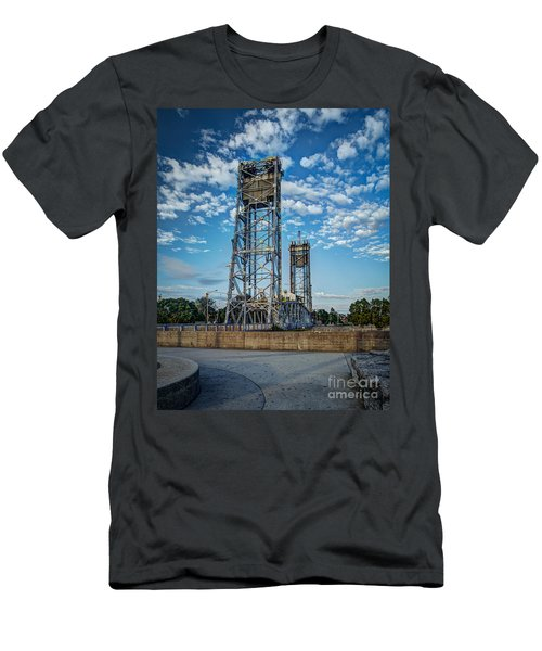 Lift Bridge Men's T-Shirt (Athletic Fit)