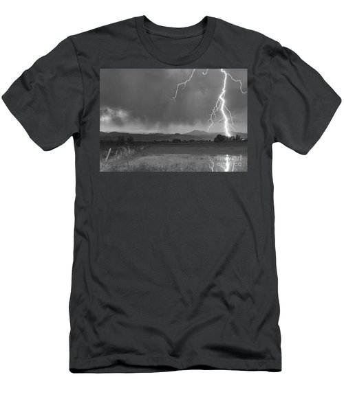Lightning Striking Longs Peak Foothills 5bw Men's T-Shirt (Athletic Fit)