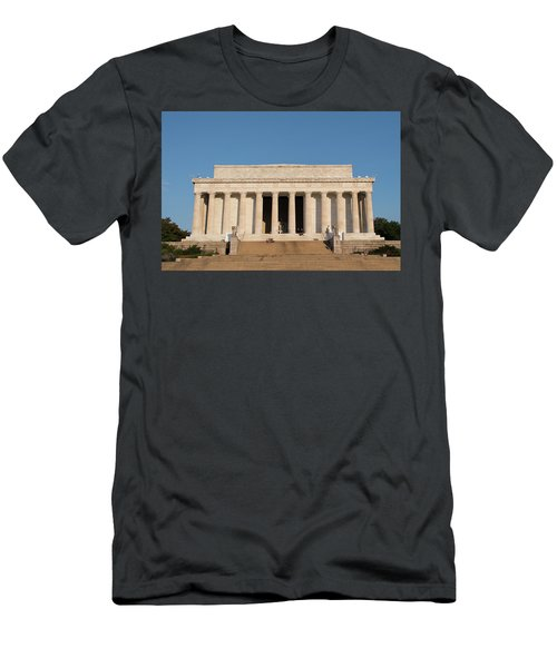 Lincoln's Memorial Men's T-Shirt (Athletic Fit)
