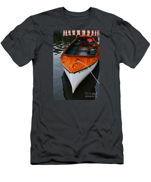Lindy Lou Wood Boat Men's T-Shirt (Athletic Fit)