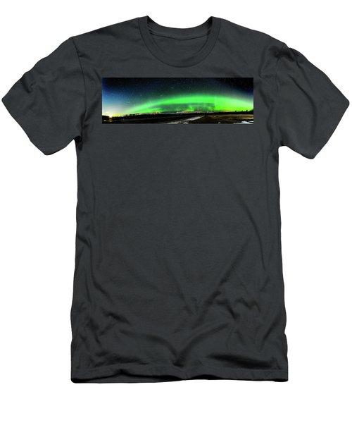 Little House Under The Aurora Men's T-Shirt (Athletic Fit)