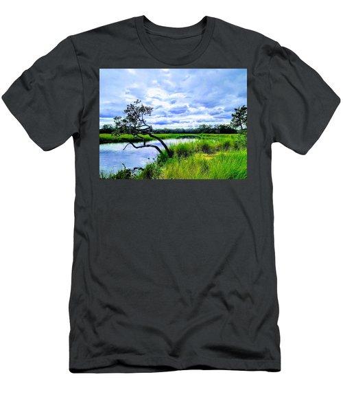 Living Low Men's T-Shirt (Athletic Fit)
