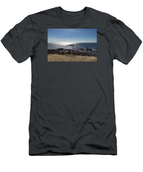 Lizard Point Cornwall Men's T-Shirt (Slim Fit)
