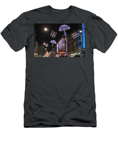 London At Christmas Men's T-Shirt (Athletic Fit)