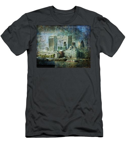London Skyline Key Of Blue Men's T-Shirt (Athletic Fit)