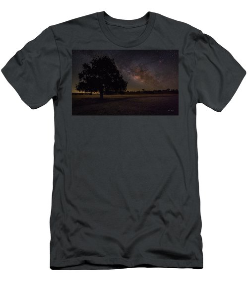 Lone Oak Under The Milky Way Men's T-Shirt (Athletic Fit)