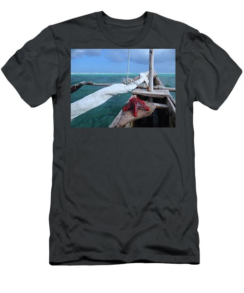 Lone Red Starfish On A Wooden Dhow 1 Men's T-Shirt (Athletic Fit)