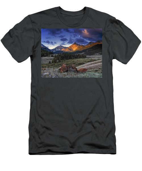 Men's T-Shirt (Slim Fit) featuring the photograph Lost River Mountains Moon by Leland D Howard