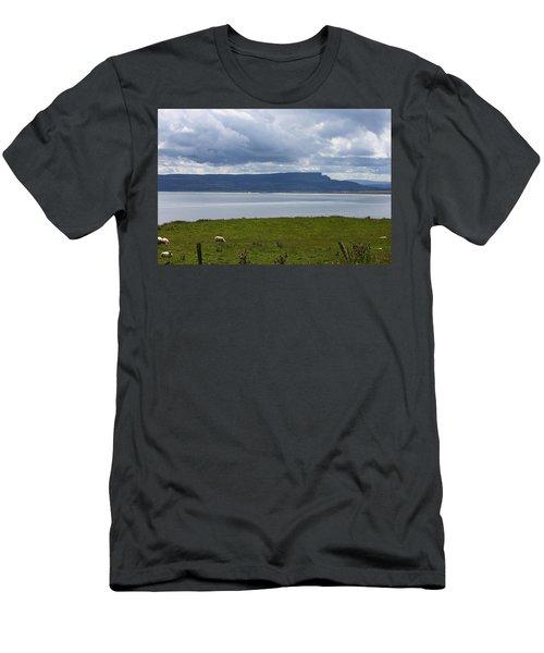 Lough Foyle 4171 Men's T-Shirt (Athletic Fit)