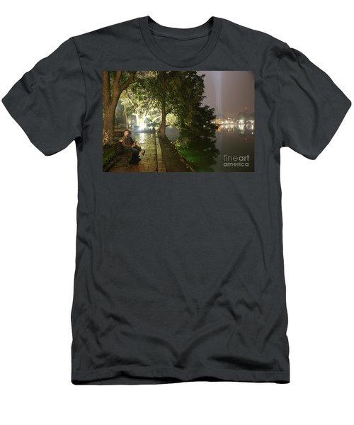 Lovers Hoan Kiem Lake  Men's T-Shirt (Athletic Fit)