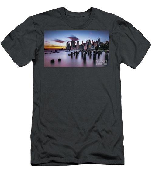 Lower Manhattan Purple Sunset Men's T-Shirt (Athletic Fit)
