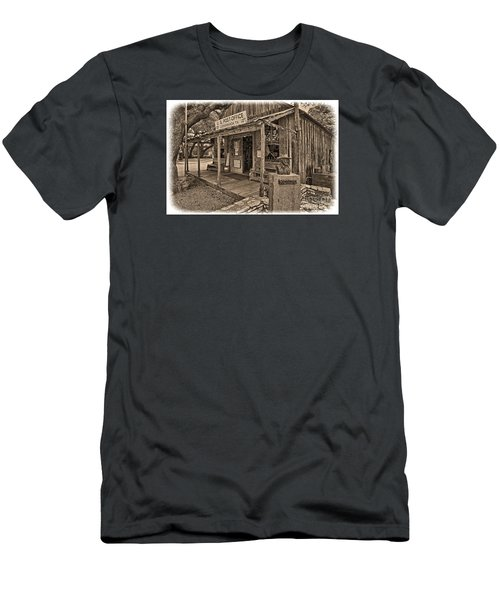 Luckenbach, Tx Post Office Men's T-Shirt (Athletic Fit)