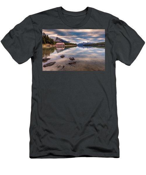 Maligne Lake Boat House Sunrise Men's T-Shirt (Athletic Fit)
