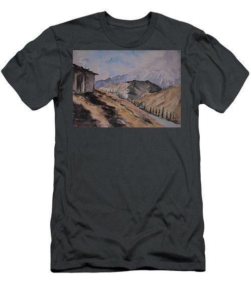 Manali Scene Men's T-Shirt (Athletic Fit)