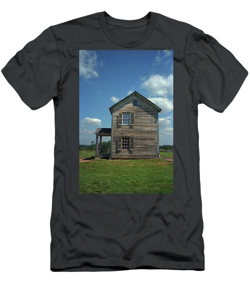 Men's T-Shirt (Slim Fit) featuring the photograph Manassas Battlefield Farmhouse by Frank Romeo