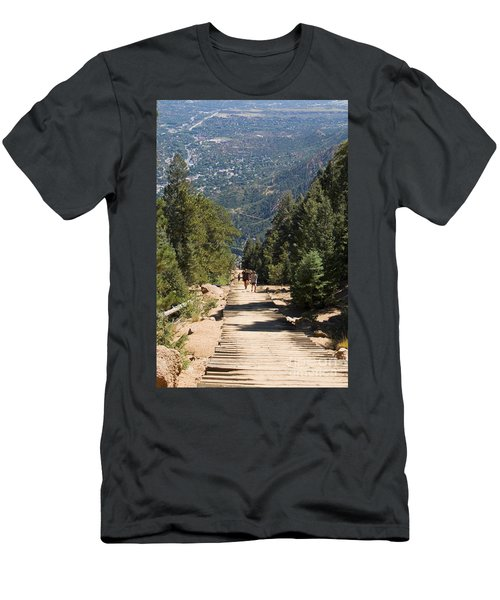 Manitou Springs Pikes Peak Incline Men's T-Shirt (Athletic Fit)