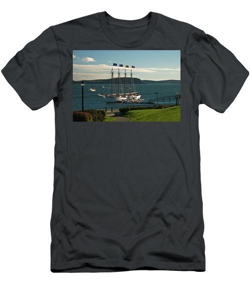 Margaret Todd - Bar Harbor Icon Men's T-Shirt (Athletic Fit)