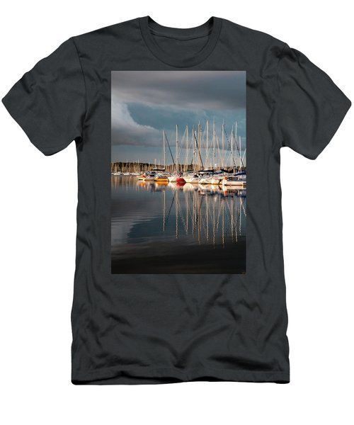 Marina Sunset 9 Men's T-Shirt (Athletic Fit)