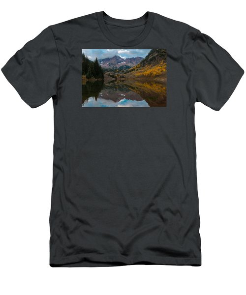 Maroon Bells Men's T-Shirt (Slim Fit) by Gary Lengyel
