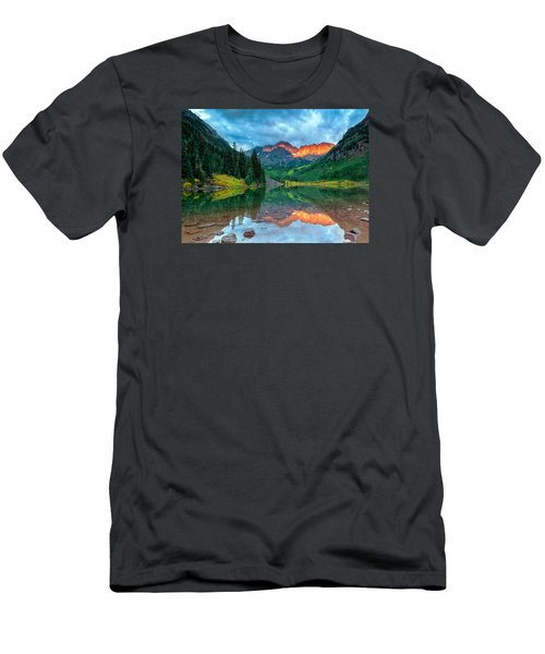 Maroon Bells Sunrise Men's T-Shirt (Athletic Fit)