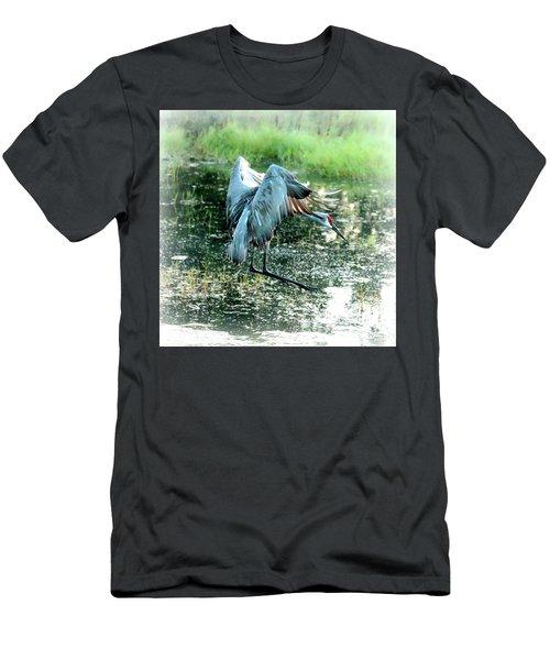 Marsh Sandhill Landing Men's T-Shirt (Athletic Fit)