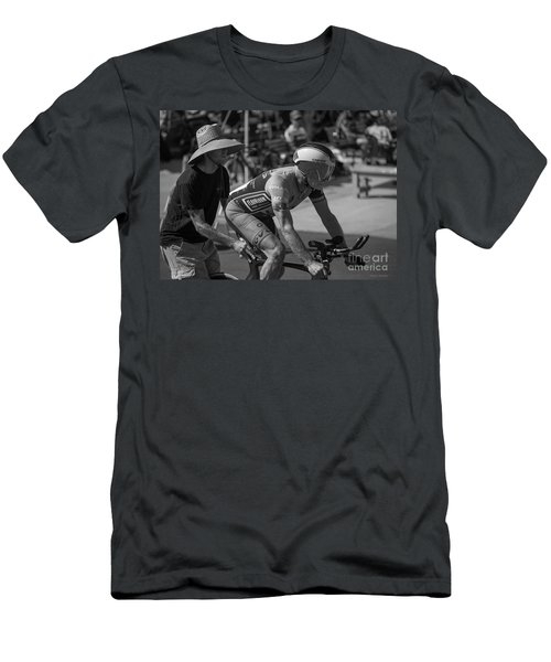 Masters Pursuit Start Men's T-Shirt (Athletic Fit)