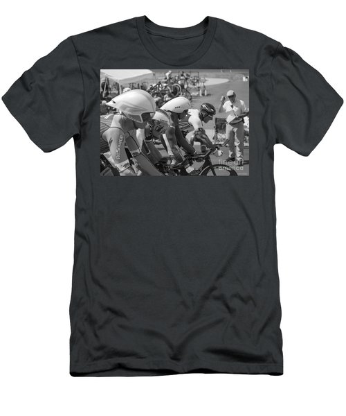Start Masters Team Pursuit Men's T-Shirt (Athletic Fit)