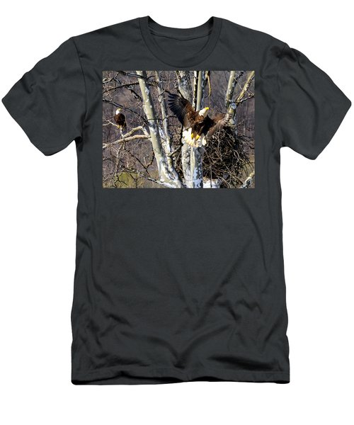 Mating Pair At Nest Men's T-Shirt (Athletic Fit)