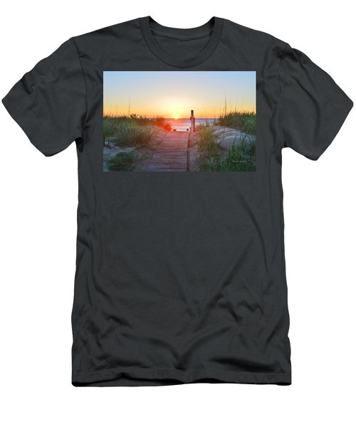 May 26, 2017 Sunrise Men's T-Shirt (Athletic Fit)