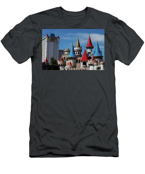 Medival Castle Men's T-Shirt (Athletic Fit)
