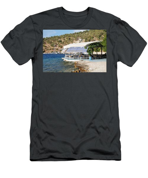 Meganissi Beach Taverna Men's T-Shirt (Athletic Fit)